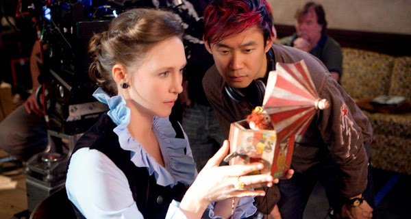 James Wan y Vera Farmiga trabajando en The Conjuring (Expediente Warren)