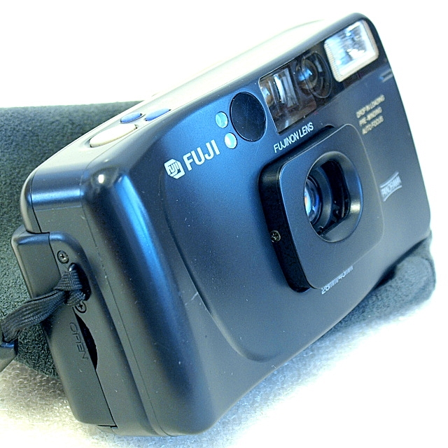 Fuji Cardia Travel Mini Dual-P 35mm AF Camera