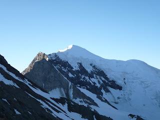 Blick aufs Weissmies vom Westgrat des Lagginhorns