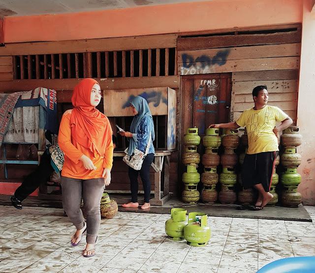 Salah satu agen gas Elpiji 3 kg di Kota Tanjungbalai.
