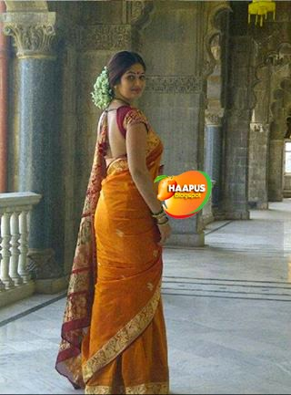 Radhika apte hot marathi bolly actress exposing her pussy - 1 part 5