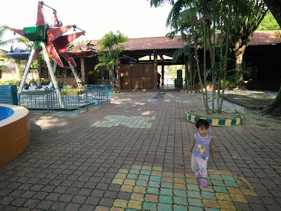Wet World Resort Air Panas Pedas