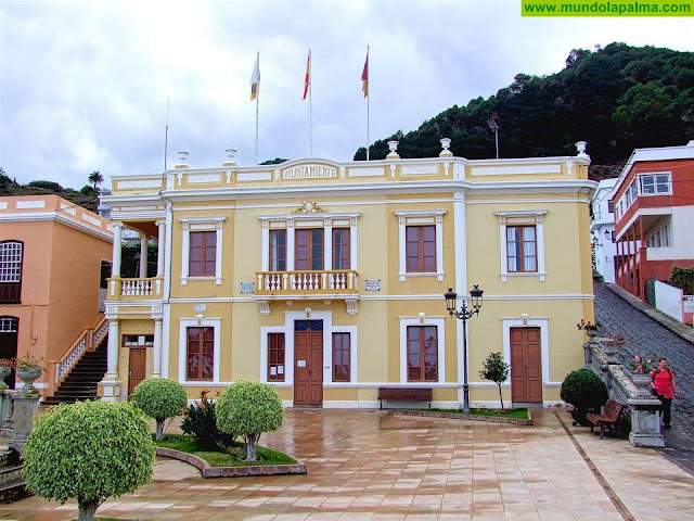 Villa de Mazo activa el apoyo a colectivos vulnerables y al tejido empresarial ante la crisis de la COVID-19