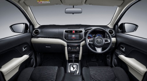 Interior design Toyota Rush