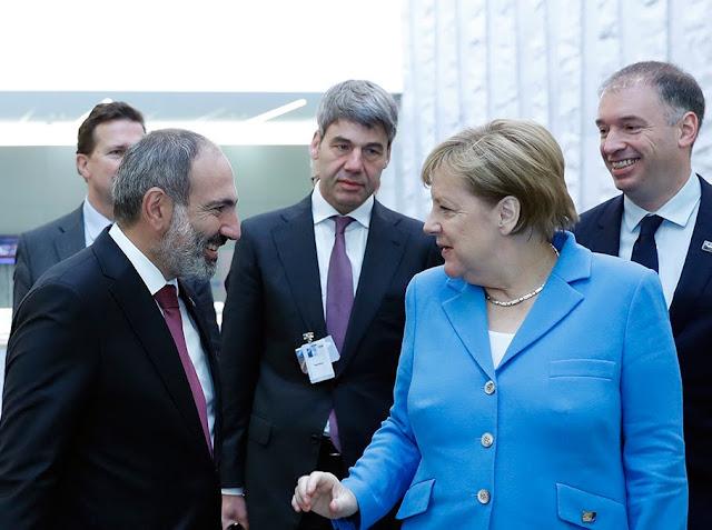 Merkel visitará Georgia, Armenia y Azerbaiyán