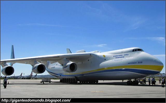 O maior avião cargueiro do mundo