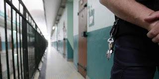 Prison de Villeneuve-lès-Maguelone : un détenu met le feu à sa cellule, le pire évité