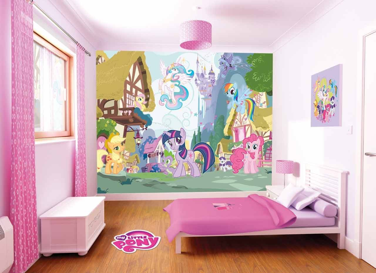 Dormitorios infantiles decorados con mi peque o pony for Papel de pared para dormitorio