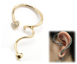 gold heart ear cuff