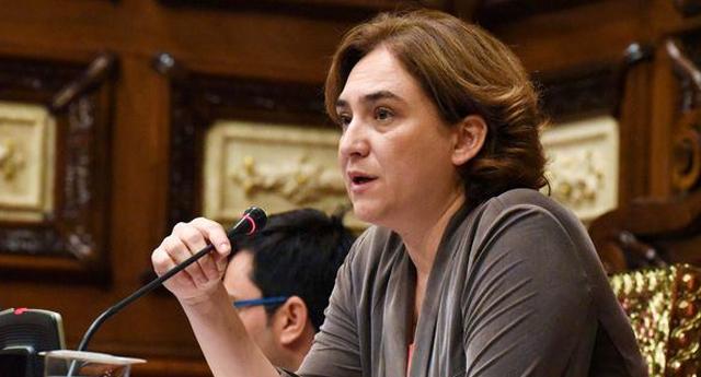 """Ada Colau: """"No renunciamos a la verdad, a la justicia y a la reparación para las víctimas del franquismo"""""""