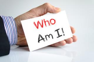 मैं कौन हूँ पर निबंध | मैं कौन हूँ