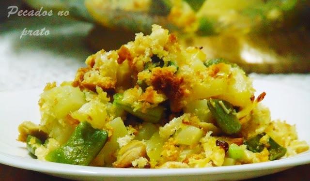 Frango gratinado com feijão verde