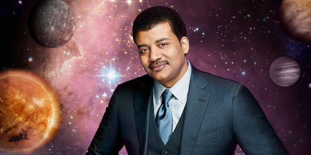 Neil deGrasse Tyson, astrofísico e defensor do heliocentrismo