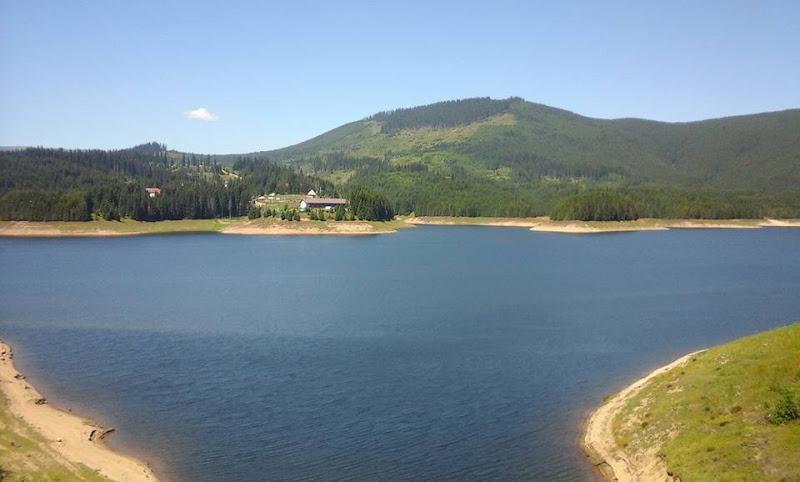 266%252C+day+6%252C+oasa+lake.jpg