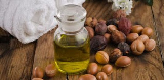 9 Manfaat Fantastis Minyak Argan Untuk Kecantikan Dan Kesehatan