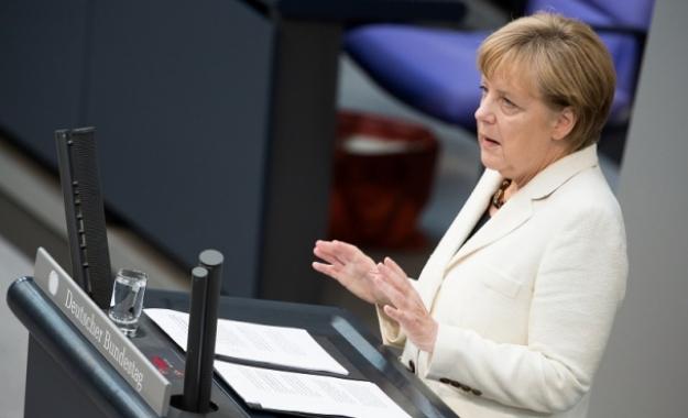 "Tο Βερολίνο ""μαζεύει"" τις δηλώσεις Merkel για τις σχέσεις ΗΠΑ - Ευρώπης"