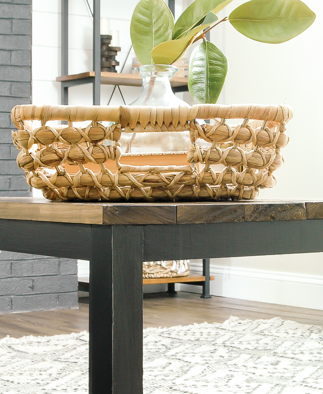 DIY industrial coffee table, kreg jig, diy table