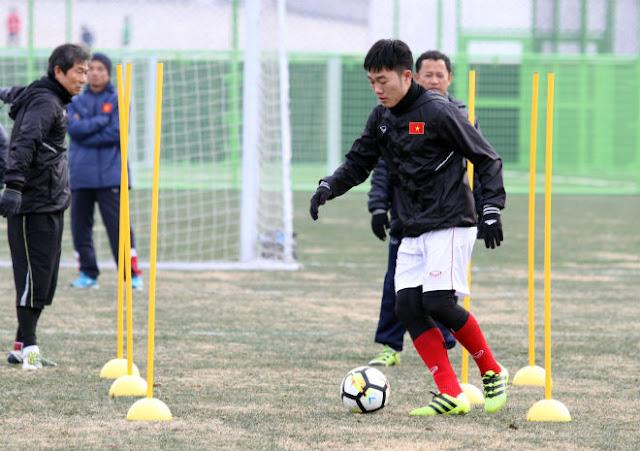 U23 Việt Nam đấu Australia, Công Phượng hết lo bị...cóng? 2