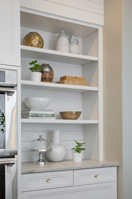 white kitchen, shelf styling, bookshelf styling, shelfie, white design