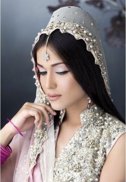 Fashion World Latest Fashion Pakistani Brides Makeup