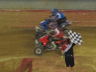 Monster Jam - Bike Race