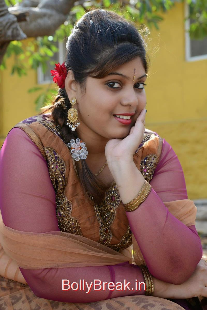 Haritha Pictures, Actress Haritha Hot Pics In Churidar