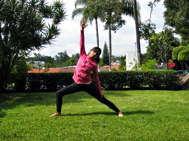 yoga practice reverse triangle
