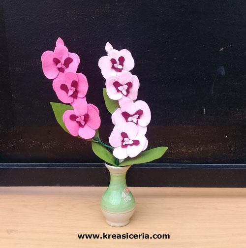 Tutorial Cara Membuat Bunga Anggrek dari Kain Flanel