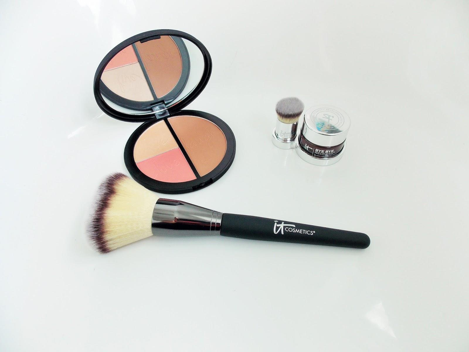 It Cosmetics Products