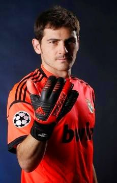iker-casillas-biography-facts-age-height-Girlfriend-2017-Images