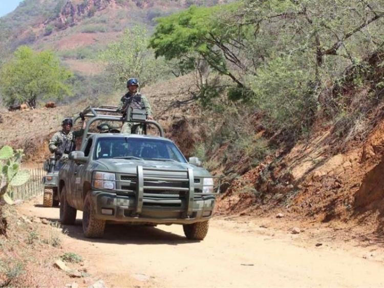 Enfrentamiento contra sicarios en Badiraguato deja un militar muerto