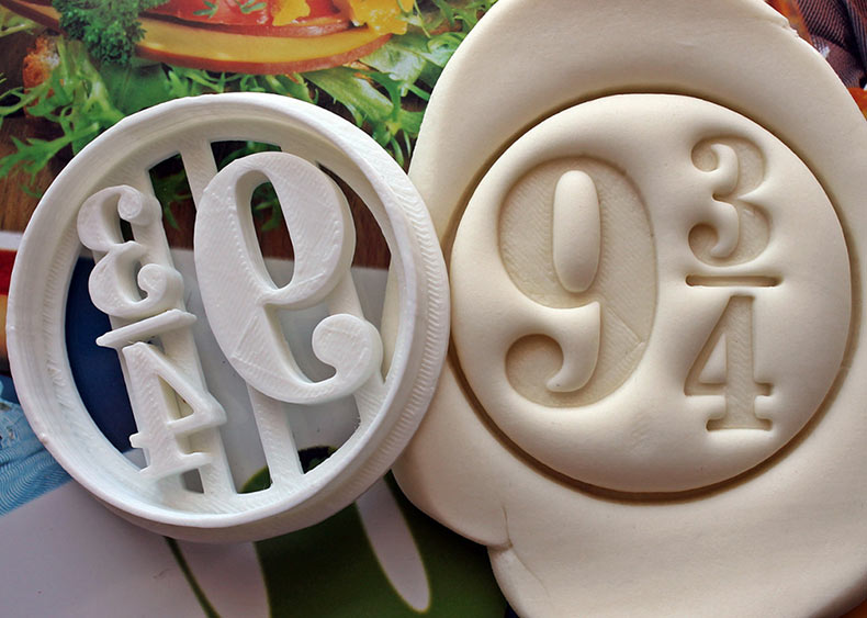 Adorables cortadores de la galleta de figuras Pop icónicas de Tiago Belo