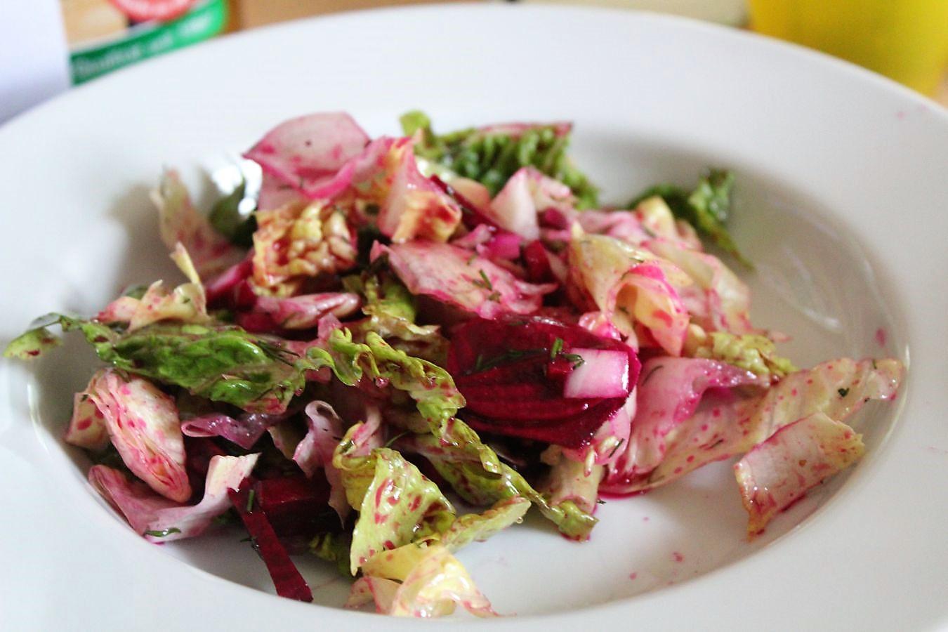 glatzkochs welt salat mit roten beten roten beeten und. Black Bedroom Furniture Sets. Home Design Ideas