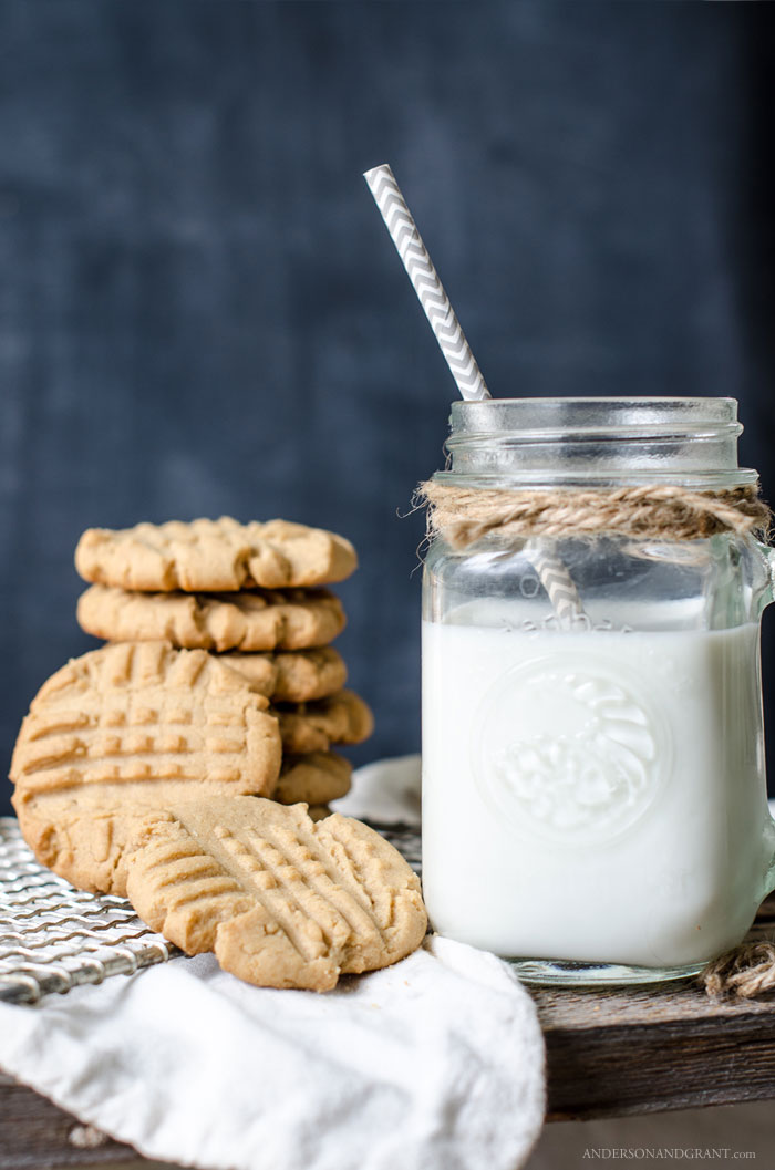 Milk and peanut butter cookies
