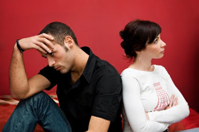 4 Tanda Lelaki Tidak Serius Dalam Perhubungan - Ladies Please Take Note!