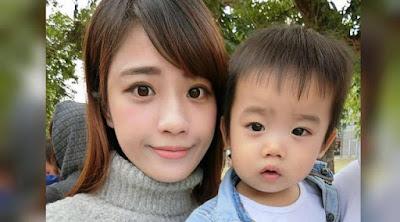 Seorang ibu muda asal Kaohsiung, Taiwan terpaksa memecat pengasuh anak perempuannya karena dianggap melakukan hal gila