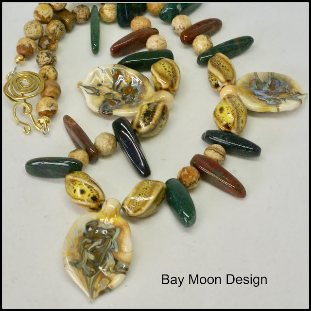 Leafy Agate Necklace by BayMoonDesign