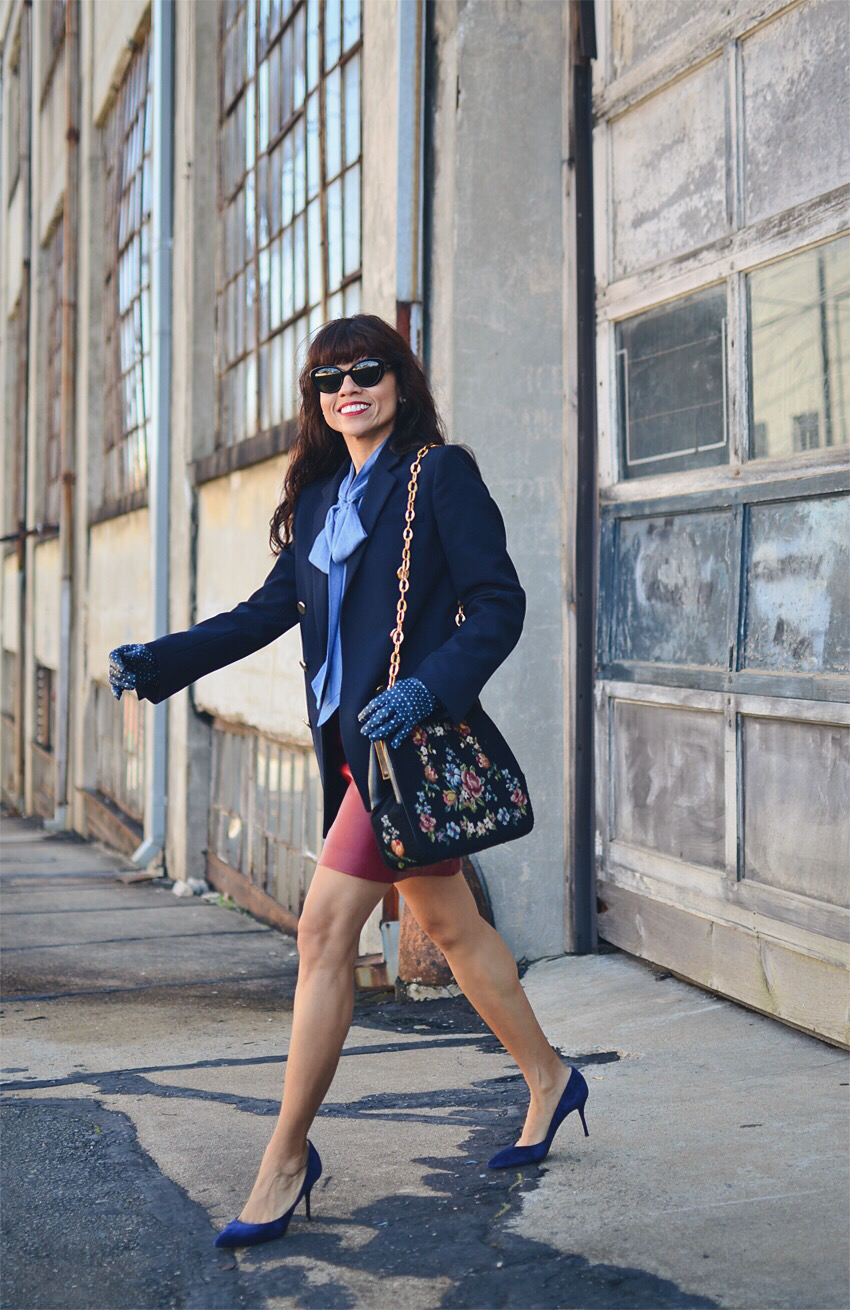 Navy outfit street style