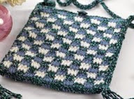 http://translate.google.es/translate?hl=es&sl=en&tl=es&u=http%3A%2F%2Fwww.letsknit.co.uk%2Ffree-knitting-patterns%2Fjoni