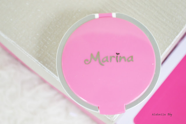 Review marina smooth and glow two way cake bagus