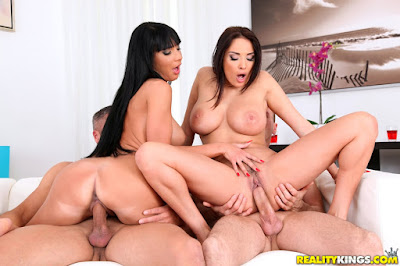Anissa Kate, Valentina Ricci – Pussy On Fire