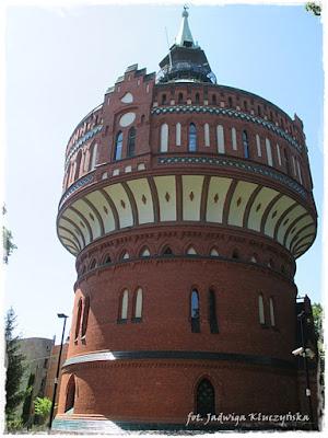 1937/ Wspiąć się na Wieżę Ciśnień…