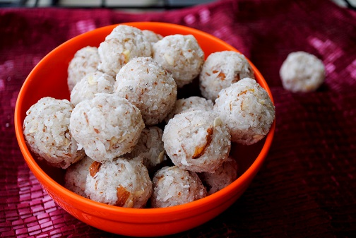 Coconut or Nariyal Ladoo