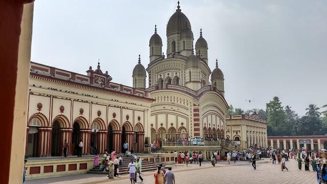 दक्षिणेश्वर काली मंदिर जाने से पहले जरूर जान ले ये बातें   Dakshineswar Temple Kolkata