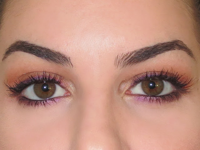 a picture of Too Faced Peanut Butter And Jelly Palette Makeup Look