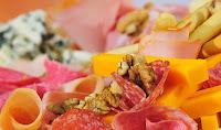 6 τροφές που δεν πρέπει ποτέ να καταναλώσετε μετά την ημερομηνία λήξης τους