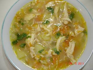 Sopa de Frango e Legumes Low Carb