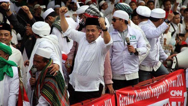 Tudingan Macam-macam Fahri Hamzah Lantaran Tidak Hadiri Reuni Alumni 212, Namun Lihat Fakta Sebenarnya Presiden Jokowi Bikin Haru