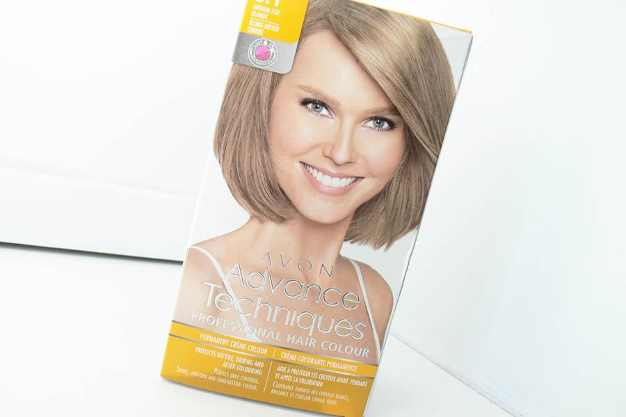 Avon Advance Techniques Średni Popielaty Blond 8.1
