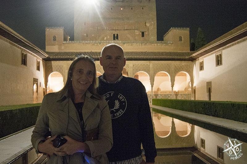 Nosotros en la foto, en la Alhambra gracias a la invitación al Blogtrip Puleva